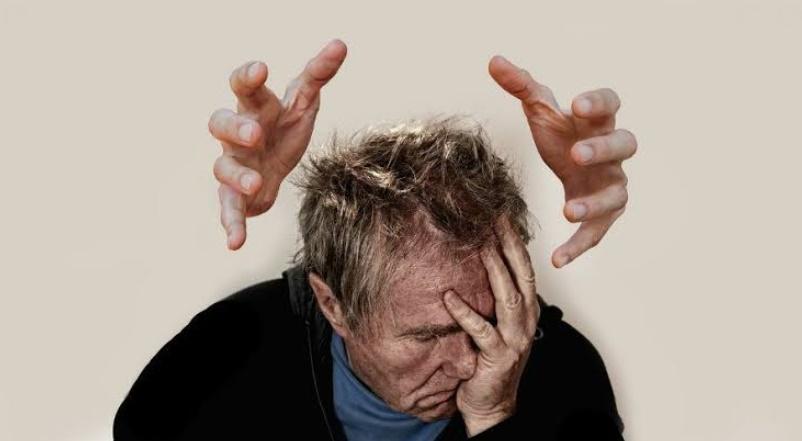 Stresli durumlara bağlı saç dökülmesi